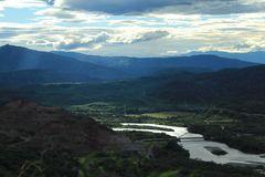 Río Magdalena, alimentando el Embalse de Betania