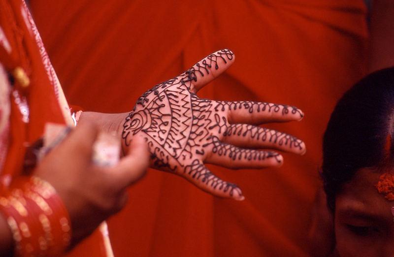 Rischi Panchami - alles leuchtet rot