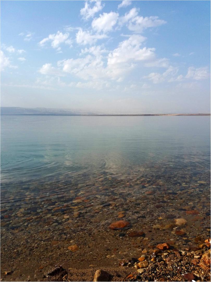 Rivage de la Mer Morte en Jordanie