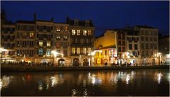 Rive droite de la Nive en nocturne  --  Bayonne