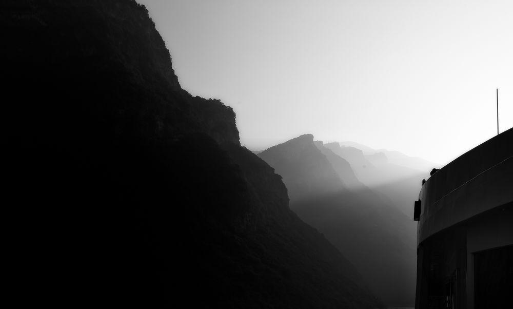 river.dawn.ship