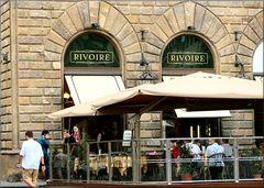 «Rivoire»  in  Piazza della Signoria a Firenze.