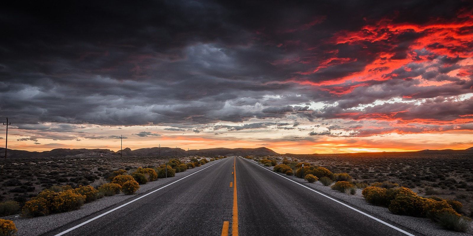 Road to Tonopha, Nevada USA