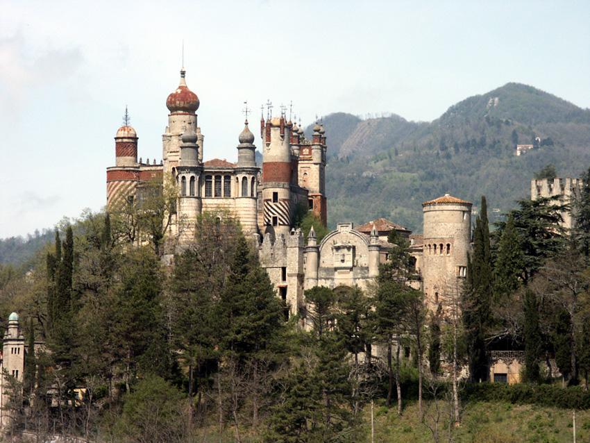 Rocchetta Mattei, Riola di Vergato (BO), un castello da recuperare