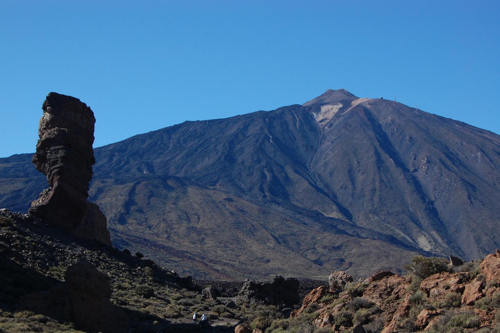 Rocher Cinchado et le Teide