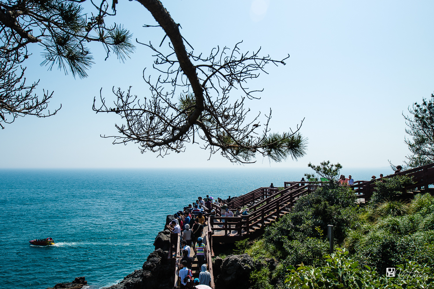 Rock disk pathway for tourists