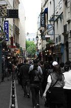 rock'n'roll dans les rues de paris.