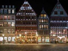 Römer by night