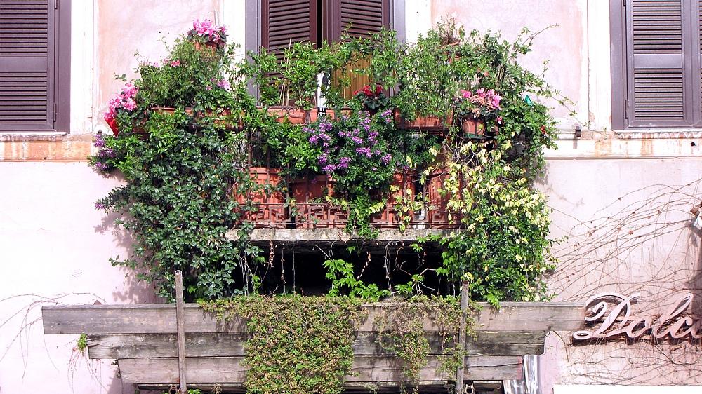 Römische Balkons 1