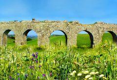 Römisches Aquädukt bei Tarquinia