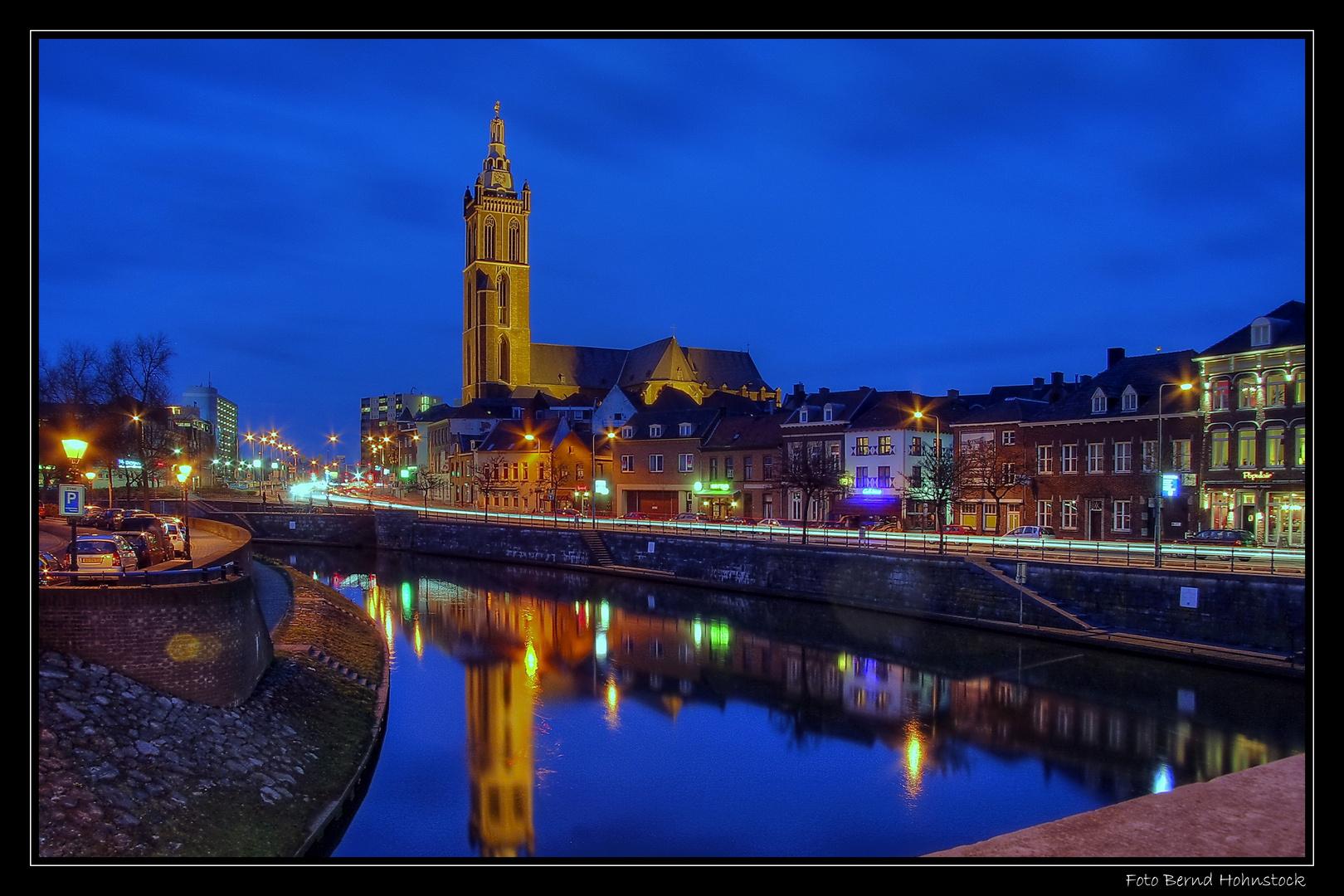Roermond ... Rurufer und St.-Christophorus-Kathedrale