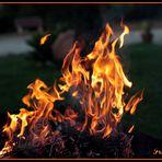 -- Rojo Como Un Fuego --
