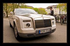 Rolls-Royce Phantom Drophead Coupe Soft- top