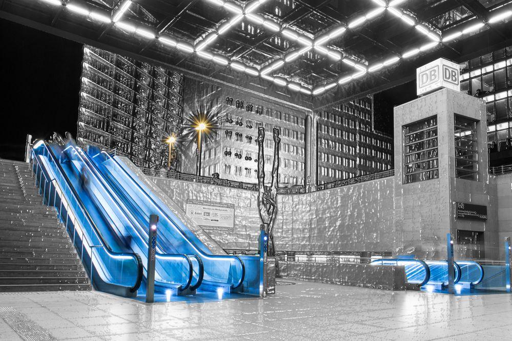 Rolltreppen S-Bahnhof Potsdamer Platz