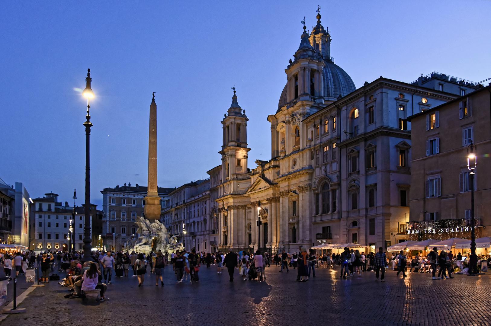 ROM - Piazza Navona - ora Blu