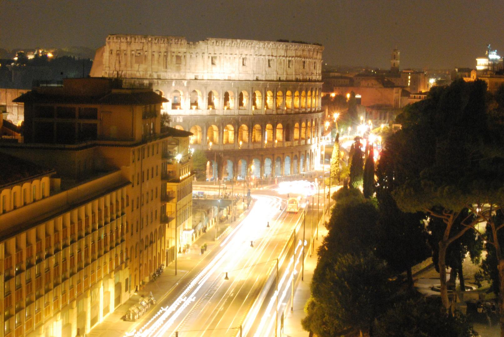 Roma bei Nacht