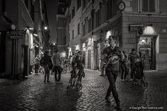 """""""Roma de noche"""". Dedicada a Mauro Tomassetti."""