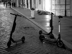 Roma, Piazza di Spagna, alle 7 di mattino