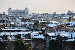Roma sotto la neve