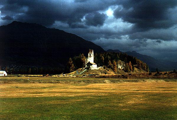 romanische Kirche San Gian bei St. Moritz