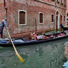 Romantische Gondelfahrt in Venedig