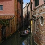 Romantisches Licht in Venedigs Gassen