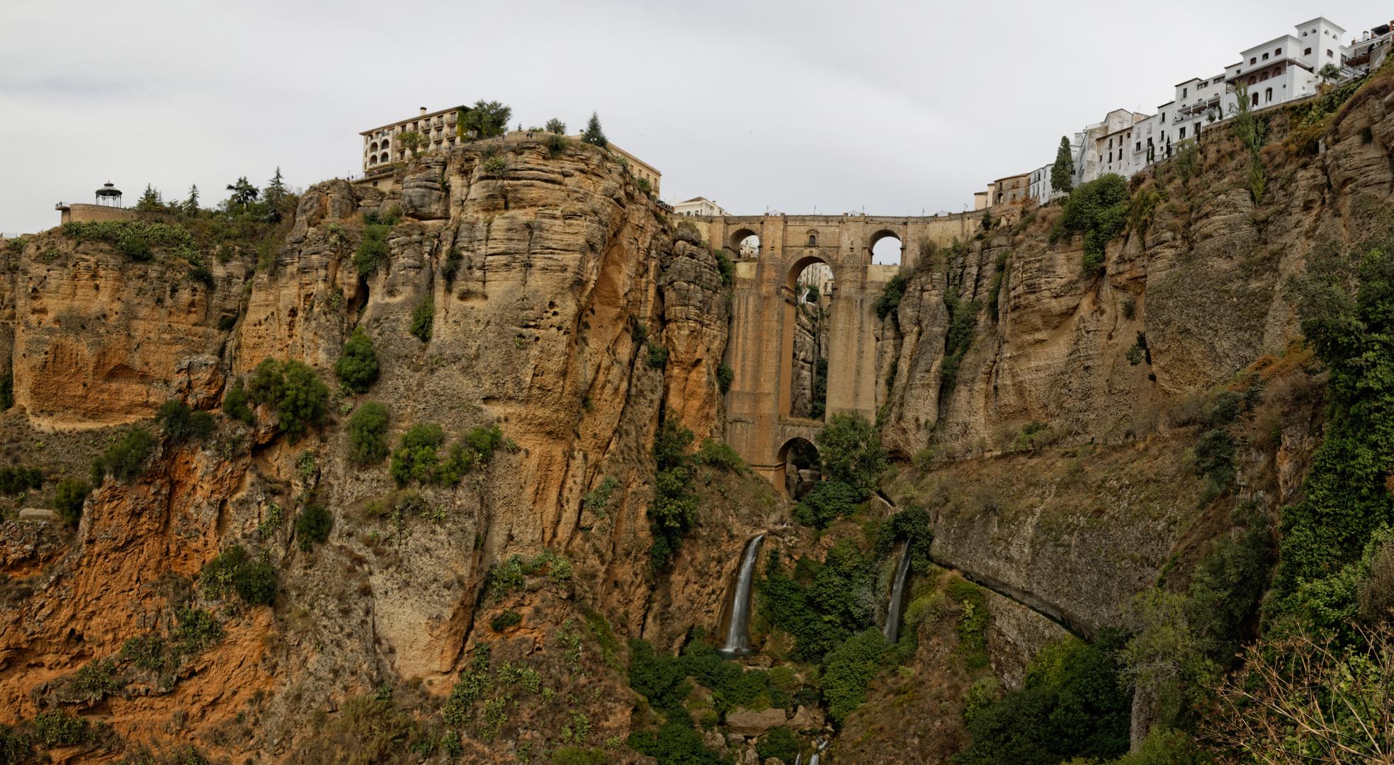 Ronda - Brücken verbinden