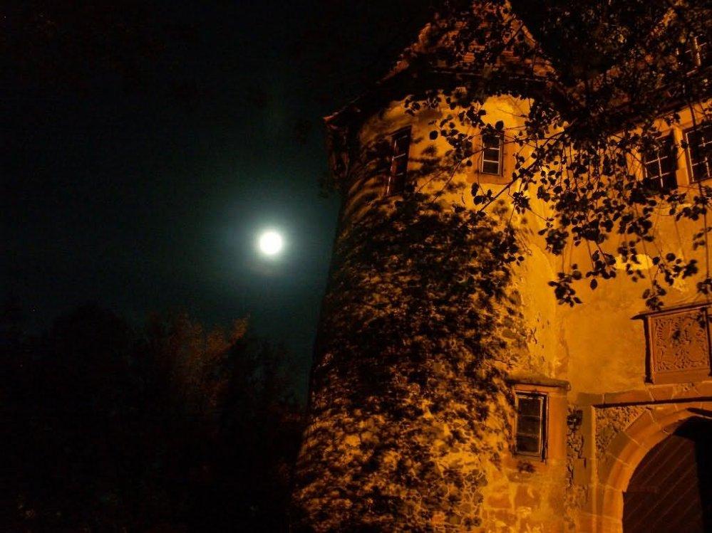 Ronneburg bei Nacht