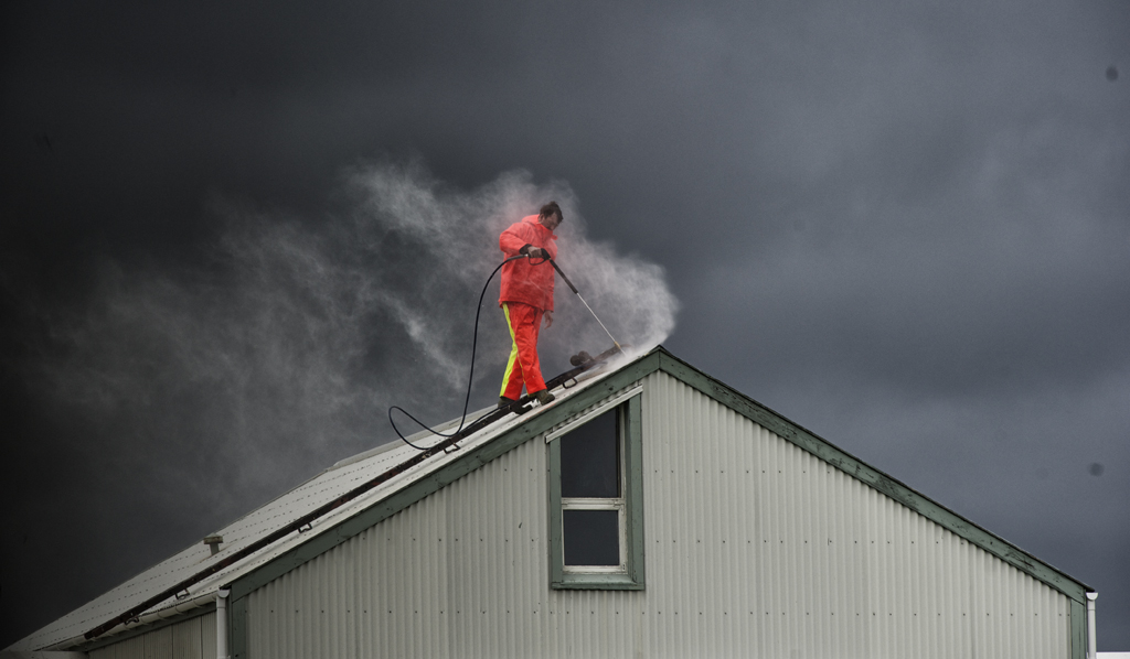 Roof Steamer
