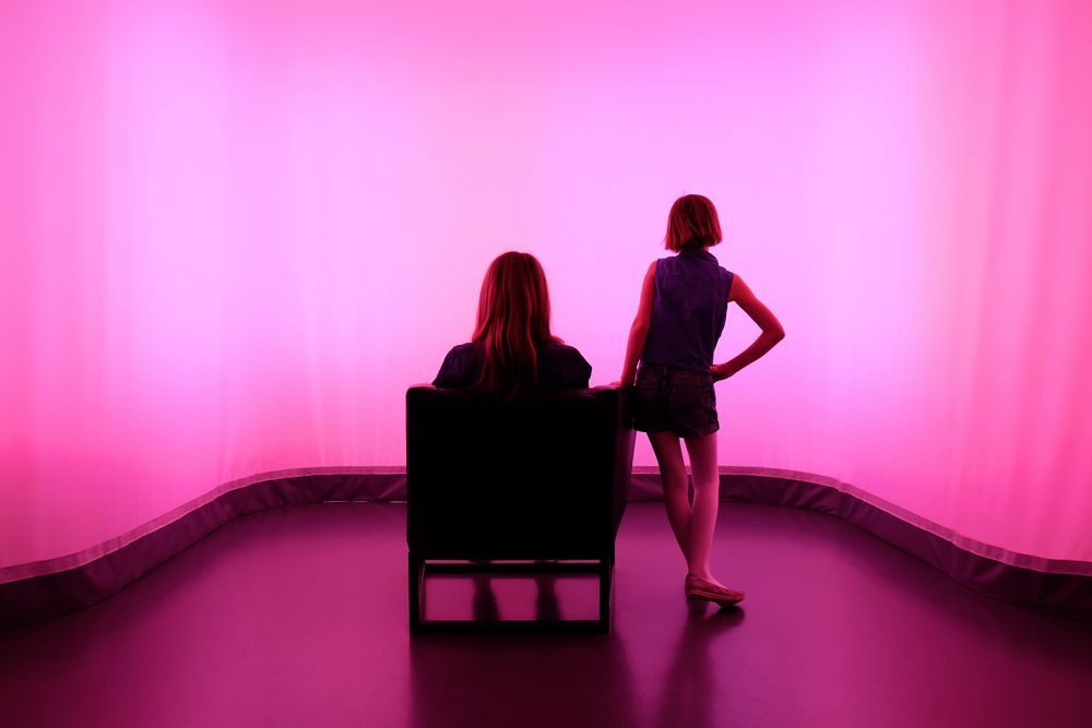 room, pink, 2 persons