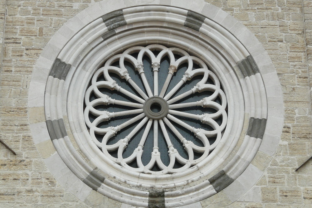 Rosone della Chiesa di S. Francesco - Brescia