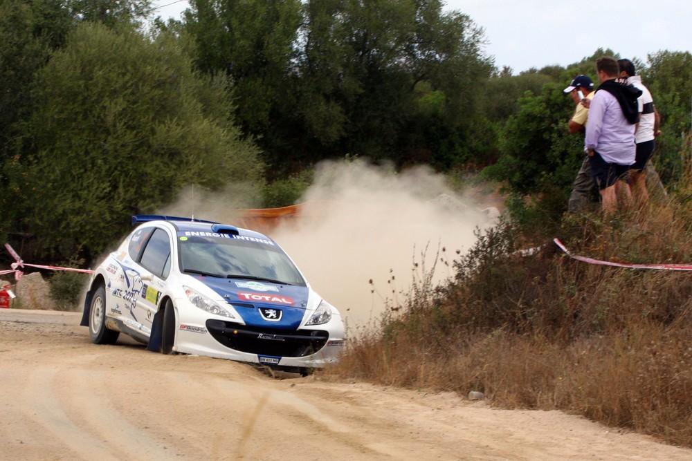 Rossetti su peugeot 207 super 2000 - rally costa smeralda