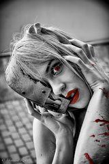 Rosso sangue... Crimson...