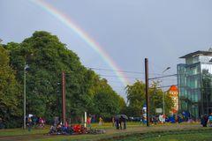 Rostock demonstriert friedlich (19)