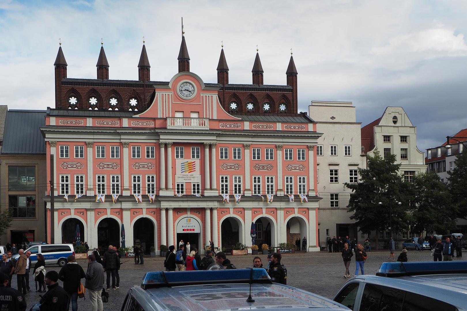 Rostock demonstriert friedlich (21)