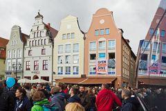 Rostock demonstriert friedlich (24)