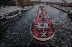 Rot auf dem Kanal