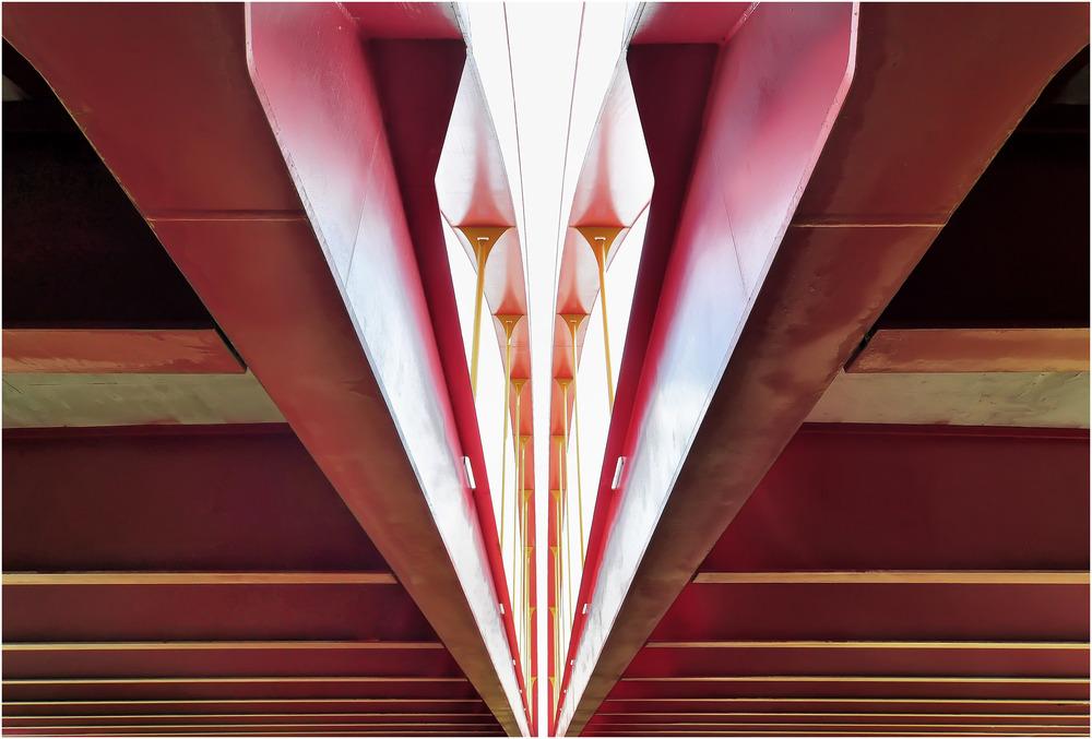 Rote Brücke (von unten)