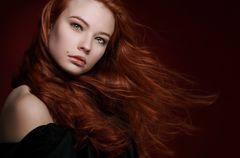   rote Haare im Wind  