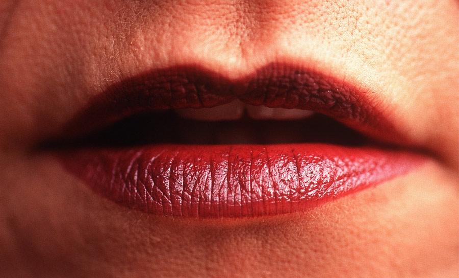 Rote Lippen soll man küssen !