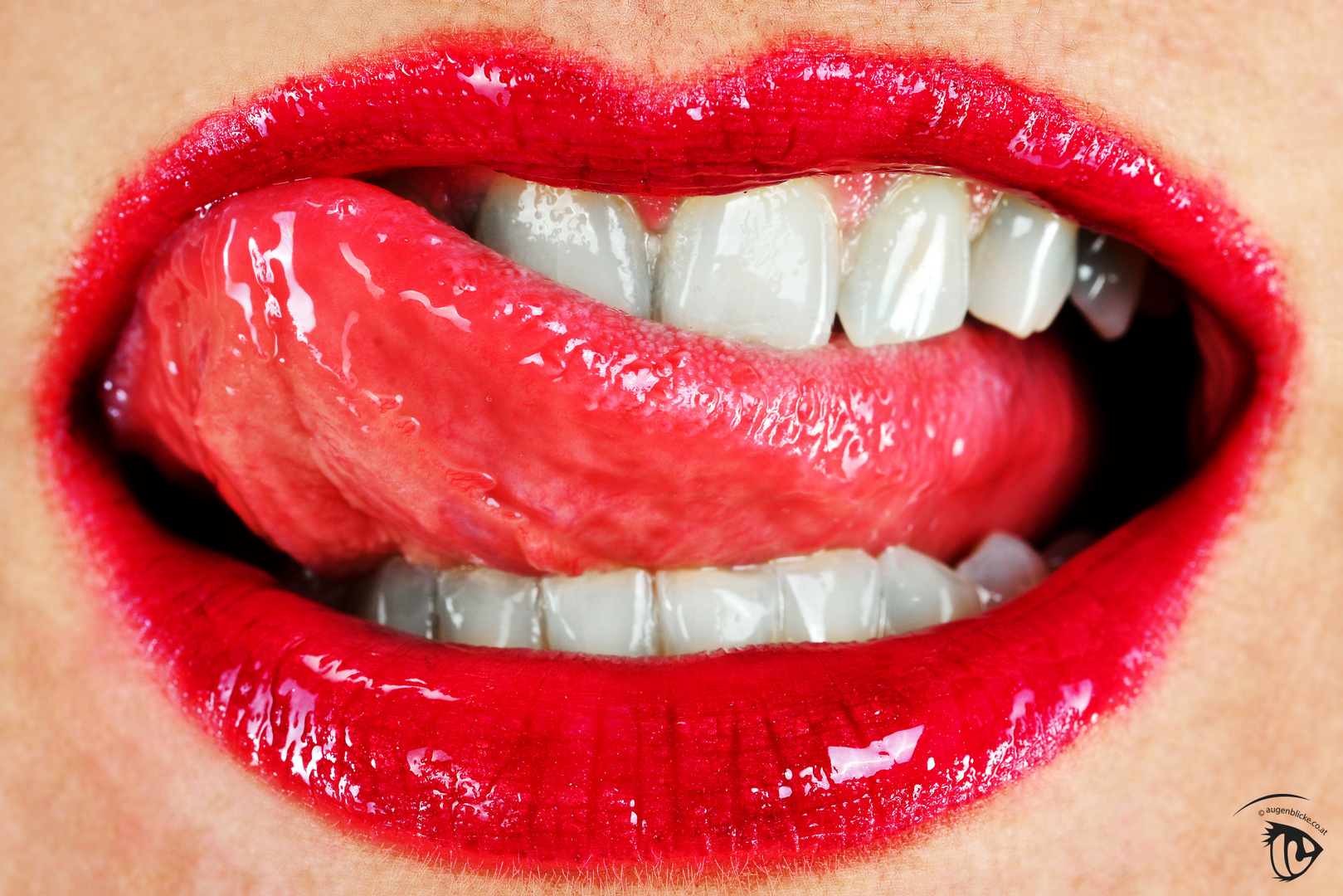 Rote Lippen soll man(N) küssen