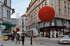 Rote Ufos in Wien