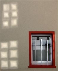 Rotes Fenster