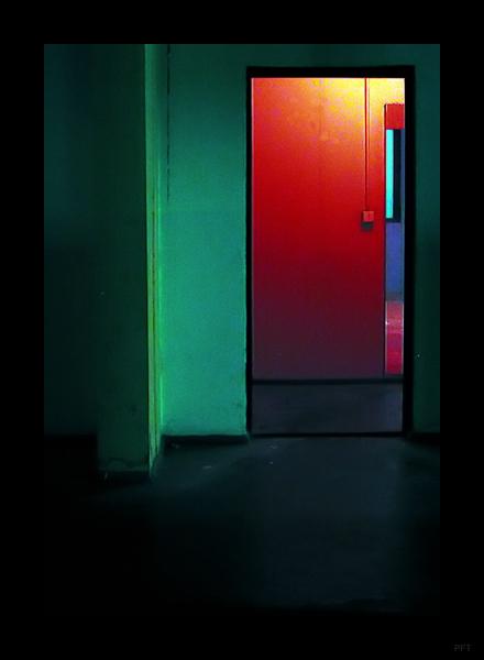 Rotlicht 1: Türbearbeitung