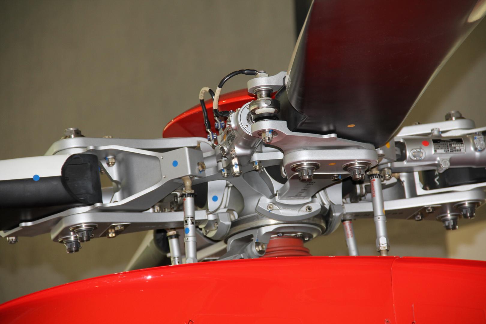 Rotorkopf Agusta AW109SP 'Da Vinci'
