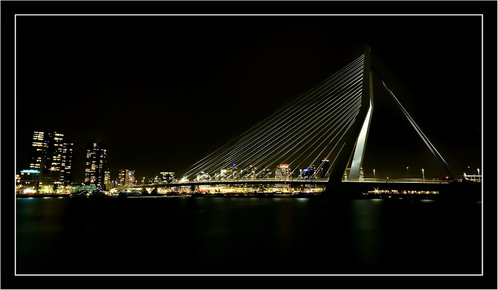 - Rotterdam by Night -