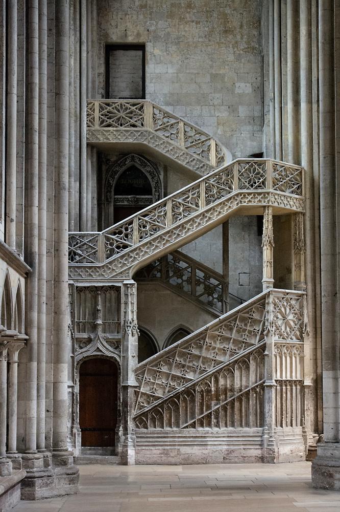 Rouen Bibliotheksaufgang