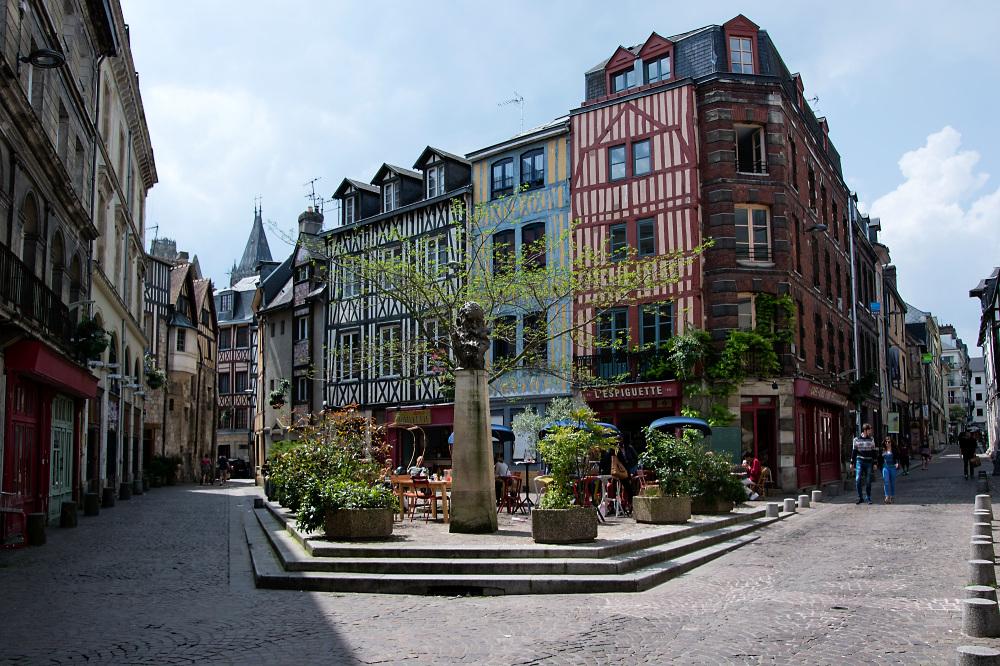 Rouen Place St Amand