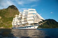 Royal Clipper vor St Lucia