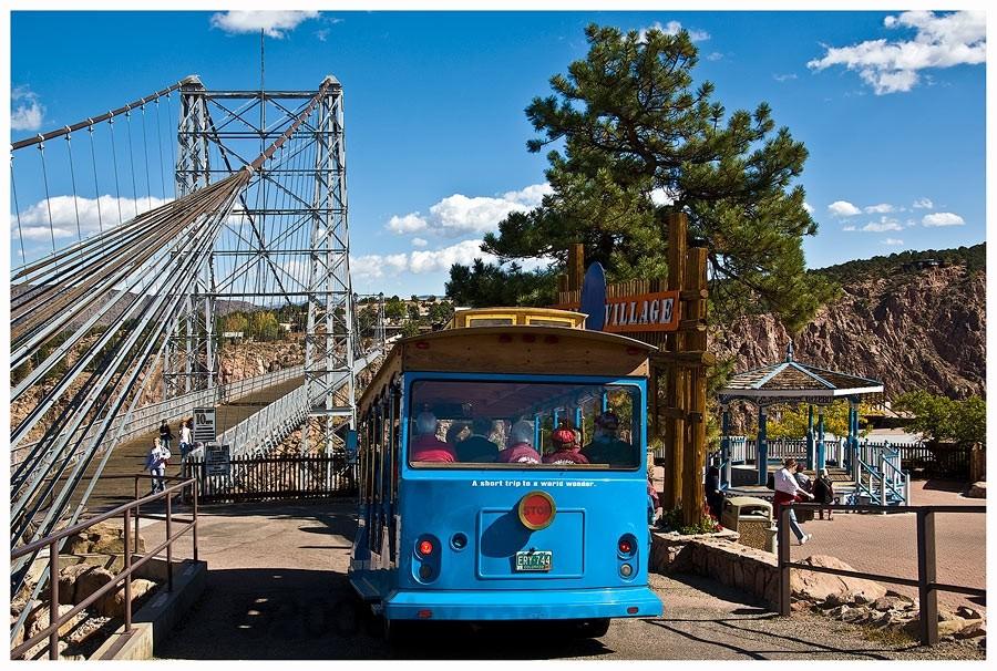 Royal Gorge Bridge , Colorado